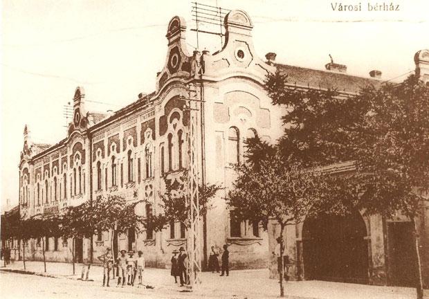 Fotó: Városi bérház (Képeslap az 1910-es évekből. Asbóth M. gyűjt.)